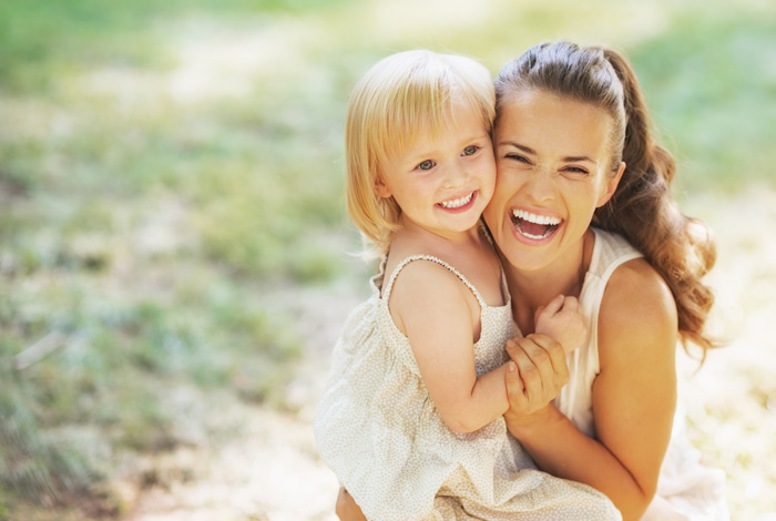 Zahnarztpraxis Dr. Thomas Schröder, Ihr Zahnarzt für Kinder in Stuttgart. In der Privatpraxis für Zahnheilkunde erhalten Kinder- und Jugendliche moderne Zahnmedizin für ein unbeschwertes Kinderlachen. Als Kinderzahnarzt liegt die Gesundheit Ihres Kindes am Herzen.