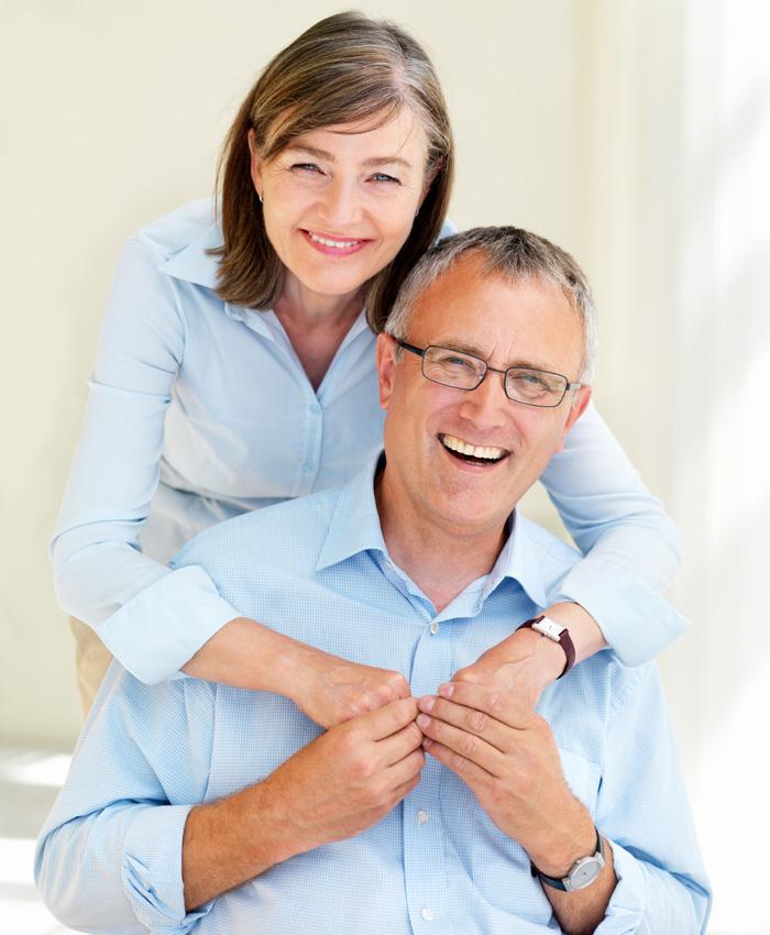 Lachgas-Sedierung bei Ihrem Zahnarzt Dr. Thomas Schröder, Privatpraxis für Zahnheilkunde in Stuttgart. Beruhigung von Patienten mit Ängsten oder Würgereiz. Erleben Sie die schmerzstillende und beruhigende Wirkung einer Lachgas-Sedierung.